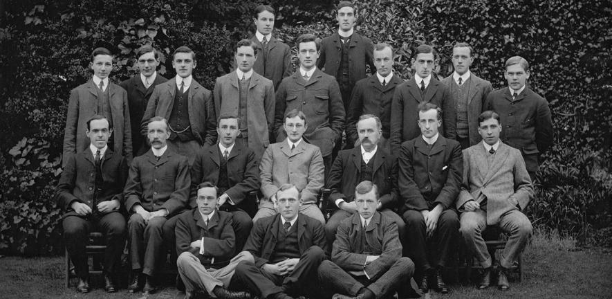 Emmanuel College Natural Science Club, 1905